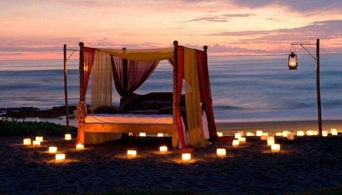 شاطئ كوتا - شاطئ الرمال البيضاء