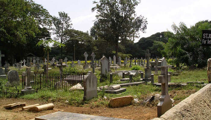 7 Most Haunted Places In Bangalore That Will Creep You Out!