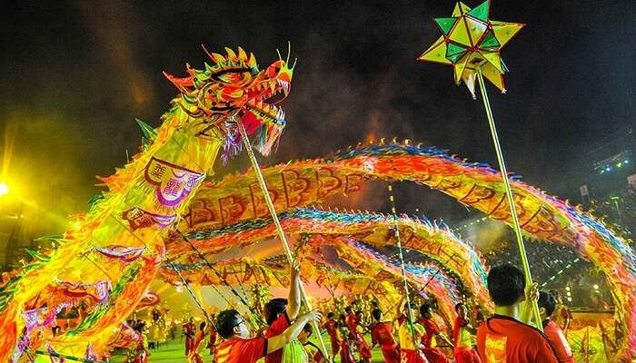 Dragon Dance during the New Year Celebration is one of the major attraction from festivals in Singapore