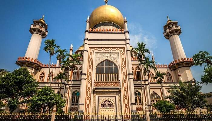 Sultan Mosque is one of the best historical places in Singapore for Muslims