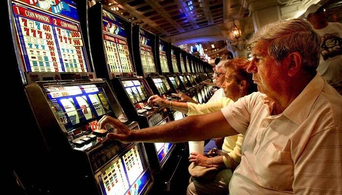 People enjoying games at Flic En Flac Casino – another one of the top casinos in Mauritius