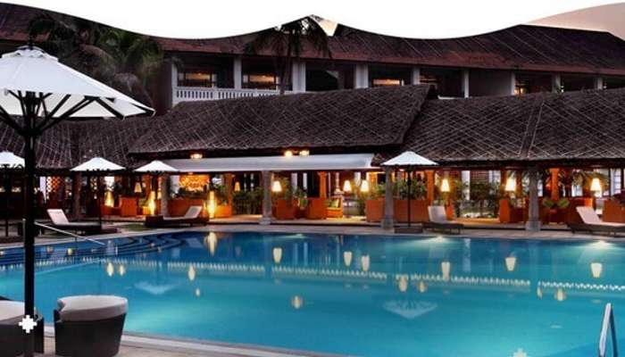 The infinity pool at Vasundhara Sarovar Premiere makes it one of the best resorts in Alleppey
