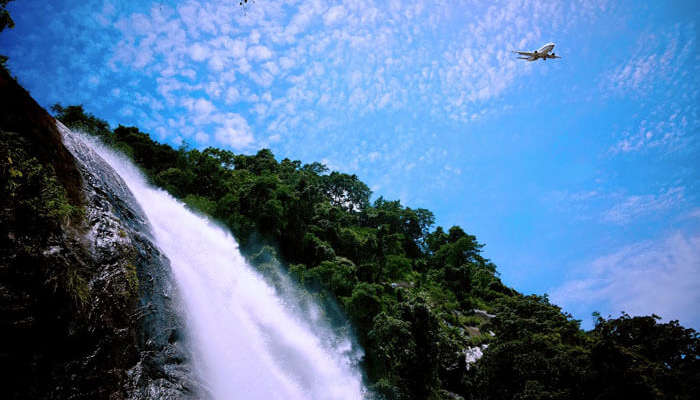 Marmala Waterfalls are one of the best tourist destinations near Kottayam