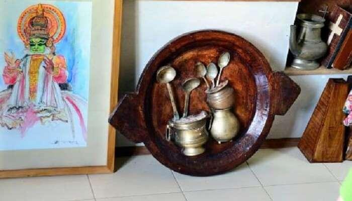 Mozart Art Gallery is a popular museum in Kerala