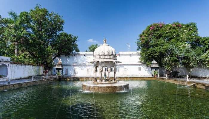 The lotus pool at Saheliyon Ki Bari makes it a popular place to visit in Udaipur