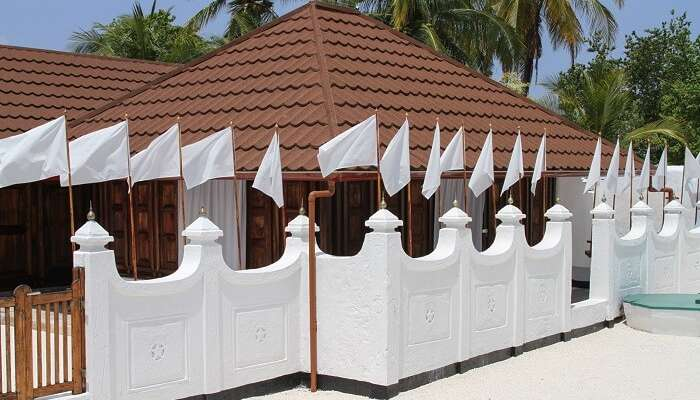 تور مالدیو جزیره یوتییمو گاندووارو