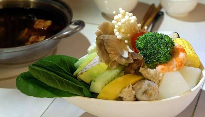 Vegan cuisine at numerous eateries in Taipei
