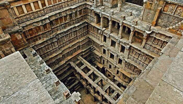 Check out the incredible architecture of Rani Ka Vav holidays Places gujarat india