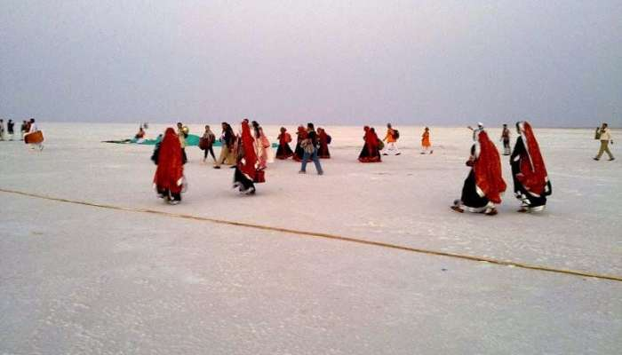 Dwell on the vast expanse of the pearl white Rann of Kutch holidays Places gujarat india