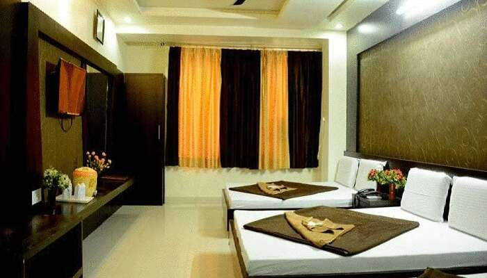 The luxurious family room at the Moon Star hotel in Ajmer near dargah
