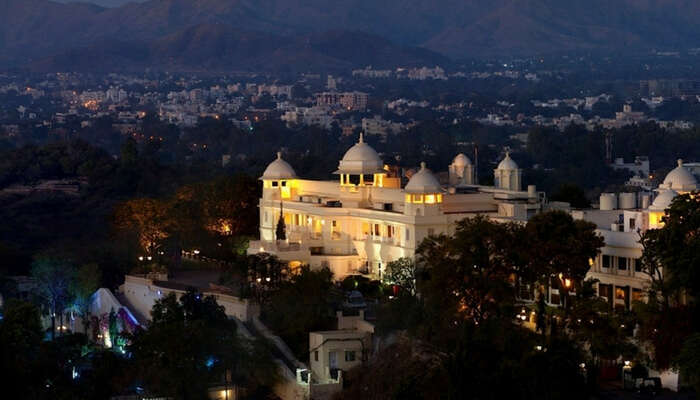 Lalit Laxmi Vilas Palace in Udaipur at dusk