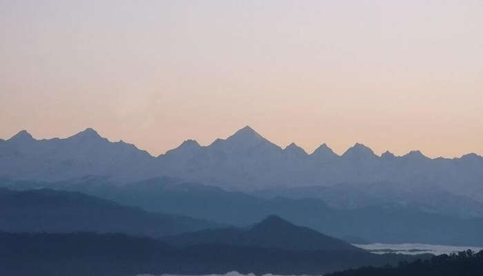 Panchchuli_range_viewed_from_Kausani