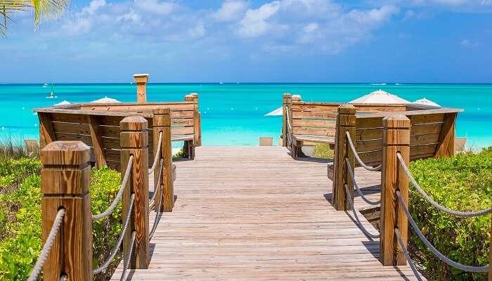 Turks ve Caicos'taki Providenciales Adası'nda güzel tropikal manzara