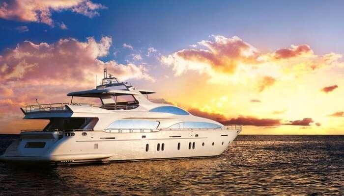 A sunset cruise sailing in Dubai Creek area