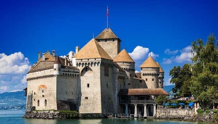 water castle europe