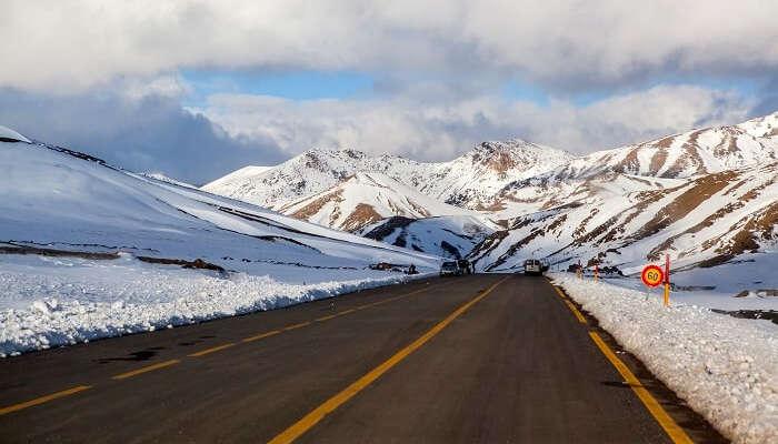 La plus haute chaîne de montagnes du Maroc