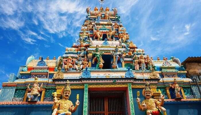 Afbeeldingsresultaat voor sri lanka temple