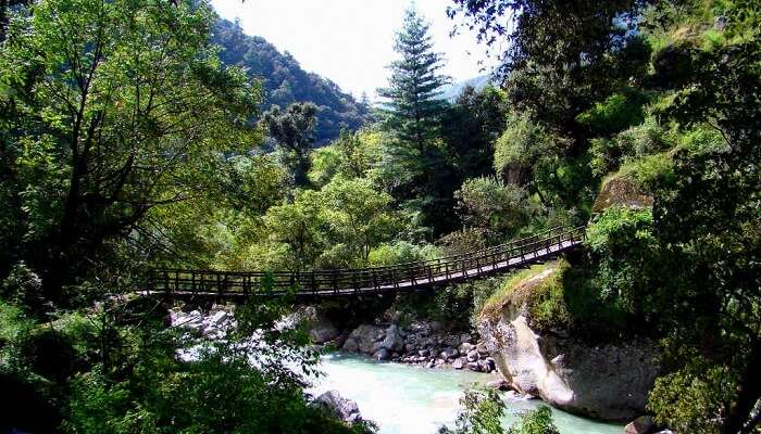 15 Tourist Places Near Manali You'll Fall In Love With