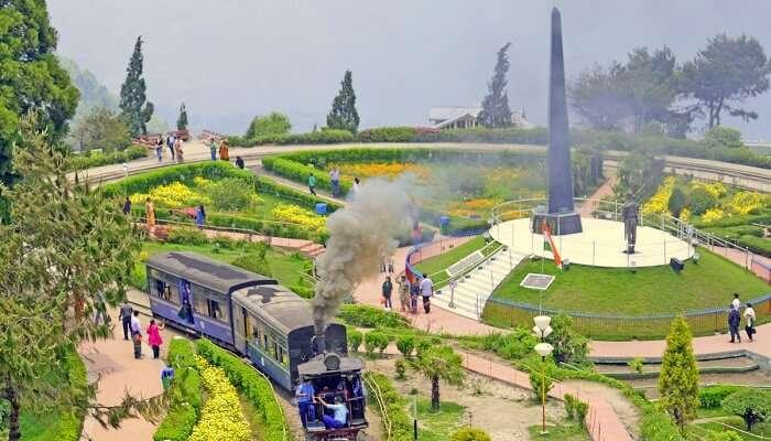 Batasia Loop & Ghoom station in Darjeeling