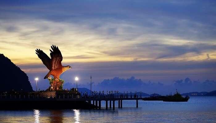 famous islands malaysia