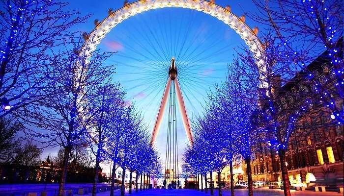 Explore Park Christmas 2021