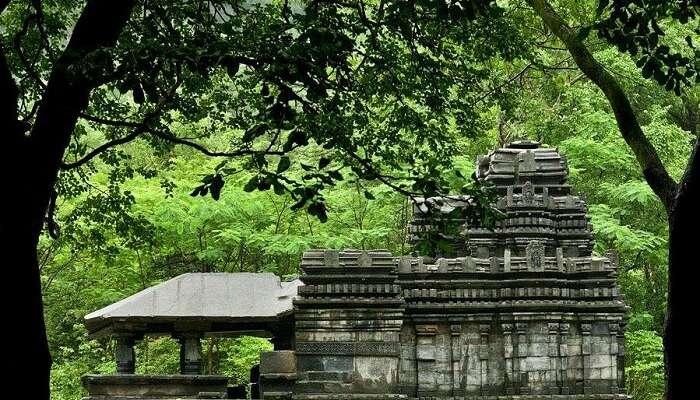 visit Mahadeva Temple in goa
