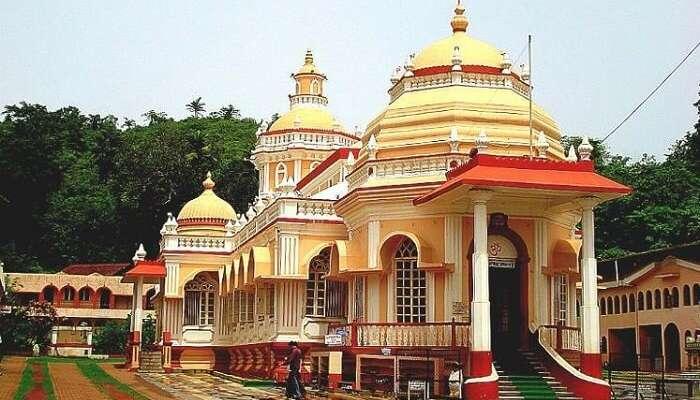 visit Mahalaxmi Temple in goa