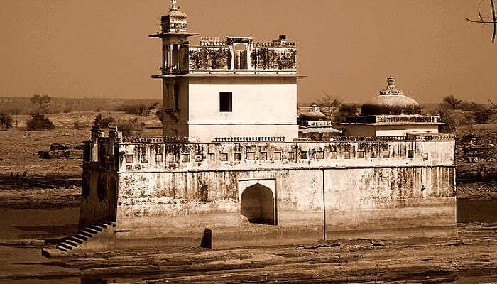A view of Padmavati Palace in Chittorgarh Fort