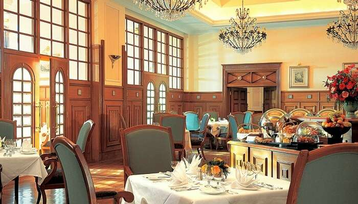 Cecil Restaurant