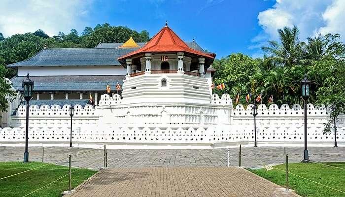 Temple of the Tooth, Sri Lanka