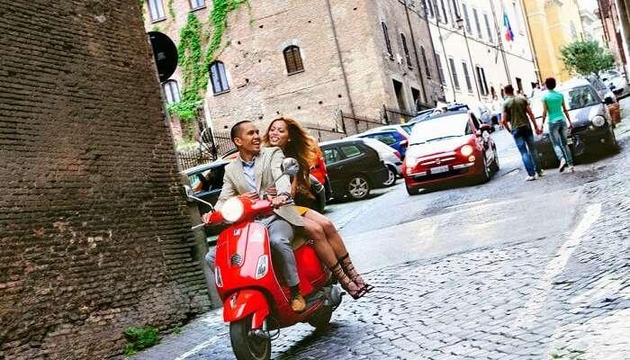 Поездка на скутере по Сардинии в Италии