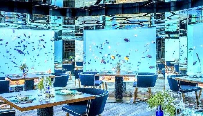 Underwater Restaurant At Anantara Kihavah Maldives Villas Pool