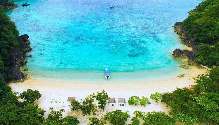 10 Best Beaches In Philippines For The Love Of Sun, Surf