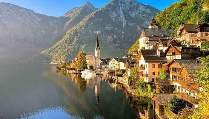 Hallstatter See lake austria