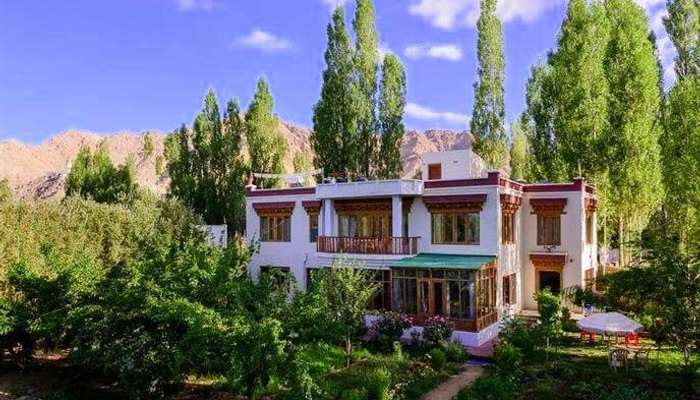stay in ladakh at Niri-La Ladakh Guest House