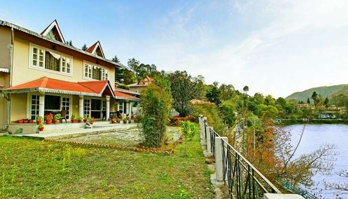 neelesh inn in bhimtal