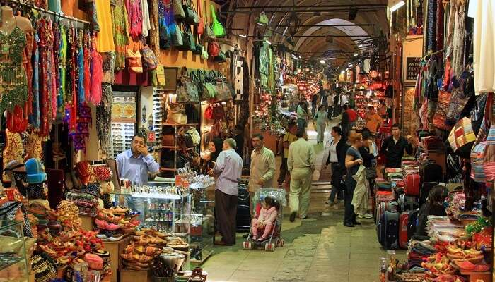 973d0fbffff44 Turkey Shopping: Ancient Bazaars & Glitzy Shopping Malls