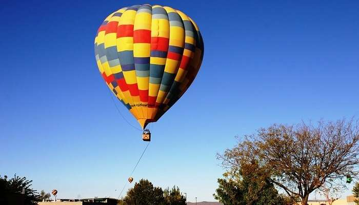 hot air balloon ride in australia