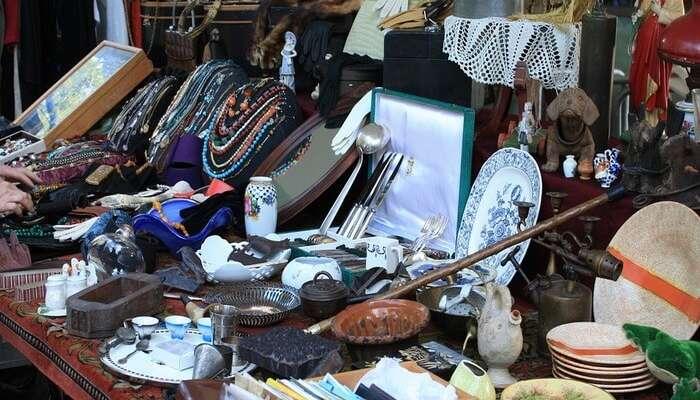 sunday flea market rajkot