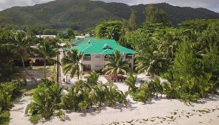 Seashell Hotel