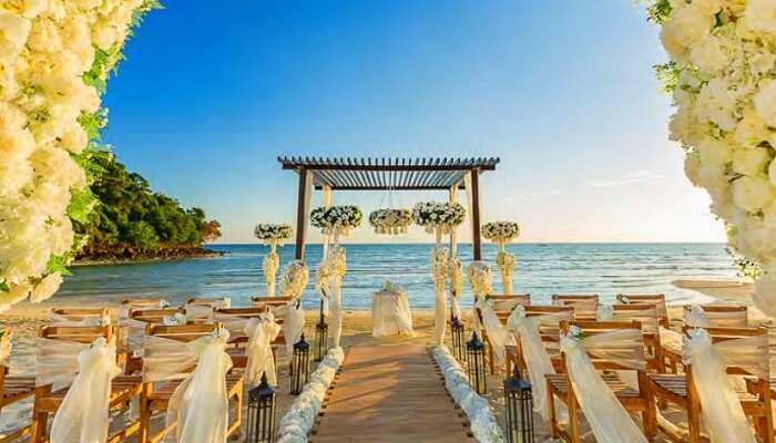 Have the perfect Destination Wedding at the Garden of Eden
