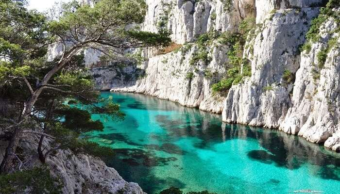 5 Exquisite Beaches Near Marseille For All Travelers Alike In 2020