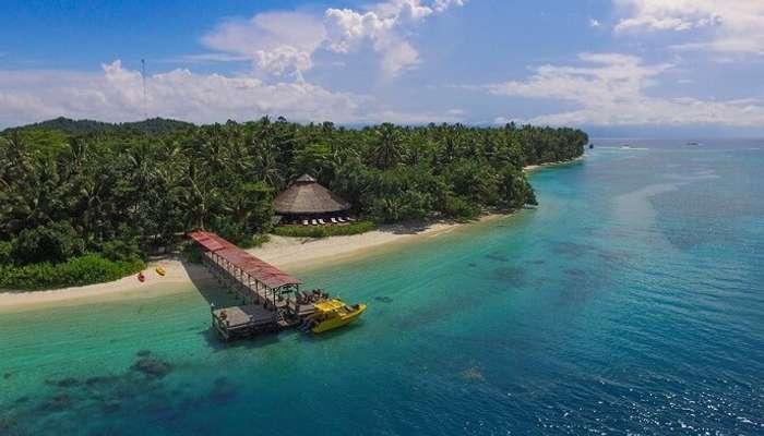 akoita resort aerial view