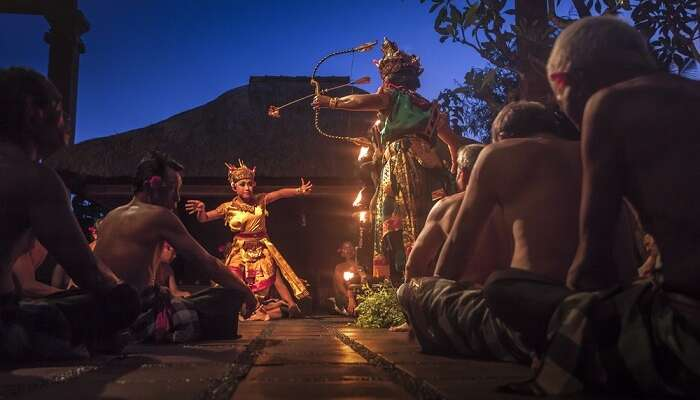 depict a traditional story of balinese