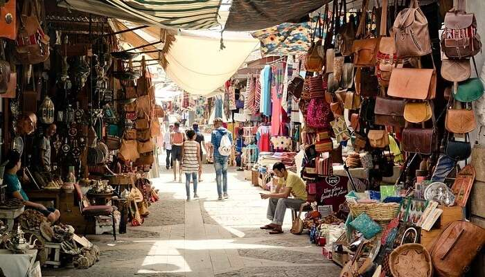 An Essential 2018 Guide To Shopping In Sharjah For Every Budget