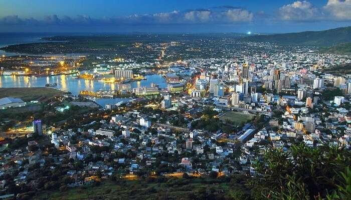 Capture Port Louis on Camera