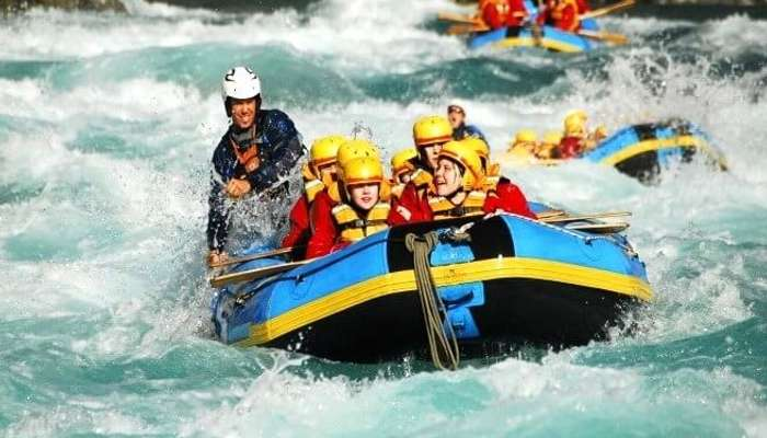 Go rafting and fishing