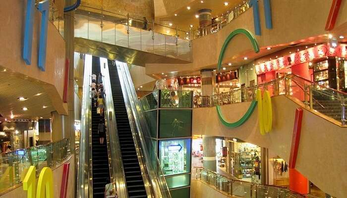 shopping complex in Kowloon