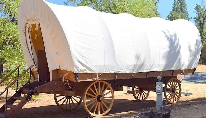 glamping wagon in yosemite pines resort