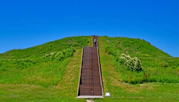 Cahokia Mounds State Heritage Site